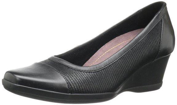 又发现一款历史低价,Clarks 其乐 女士真皮坡跟鞋