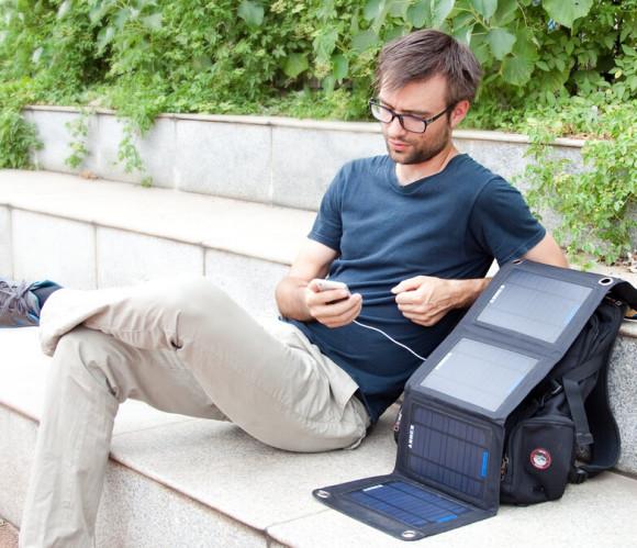 黑科技再次好价!Anker 安科14W可折叠太阳能手机充电器