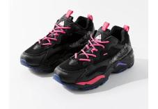 Urban Outfitters美国官网海淘FILA斐乐女款运动鞋