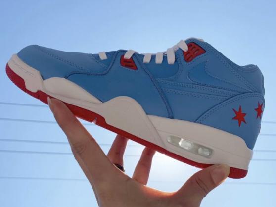 Nike耐克 Air Flight 89气垫款男士运动鞋,不到300块!