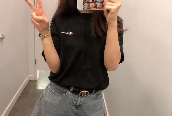 UO官网海淘冠军Champion Heritage小标刺绣T恤